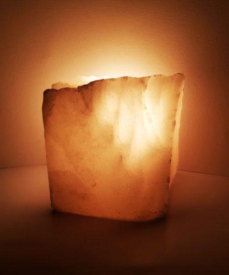 آباژور سنگ نمک مدل طبیعی فروشگاه کارنیکا